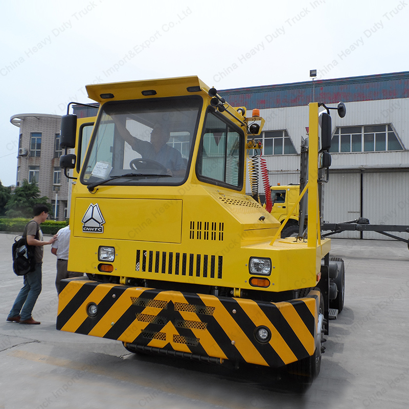 CNHTC HOVA Right Hand Drive 100T Capacity Yard Truck Spotters